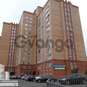 Продается квартира 2-ком 67 м² мкр. Аверьянова,д.17