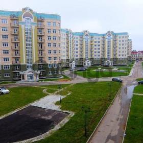Продается квартира 2-ком 72.4 м² Александра Невского, 2