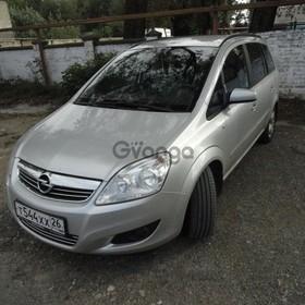 Opel Zafira 1.8 MT (140 л.с.) 2008 г.