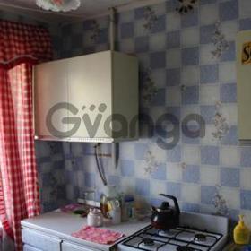 Продается квартира 2-ком 42 м² ул. Каракозова, 28