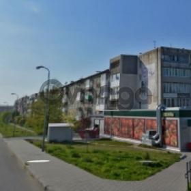 Продается квартира 2-ком 46 м² Октябрьская