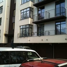 Продается квартира 2-ком 75 м² Калининградский проспект