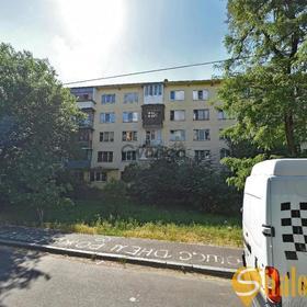 Продается квартира 3-ком 62 м² Воскресенская ул.