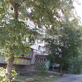 Продается квартира 3-ком 60 м² ул. Вересневая, 18/20, метро Красный хутор