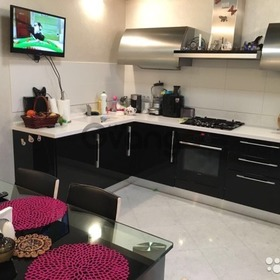 Продается квартира 2-ком 75 м² Лесопарковая 2а