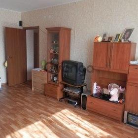 Продается квартира 2-ком 60 м² Гвардейская