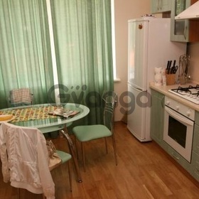 Продается квартира 2-ком 103 м² Аптечная