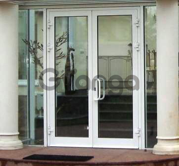 Алюминиевые двери, цена в Киеве.