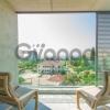 Продается Апартаменты 3-ком 166.9 м²