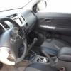 Toyota Hilux 2.5d MT (144 л.с.) 4WD 2013 г.