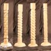 Деревянные столбы и опоры для лестниц