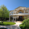 Продается элитный дом в Болгарии на первой линии моря в парке Морска Градина – символе Варны