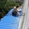 Монтаж балконных козырьков