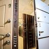 Изготовление бронированных дверей любой сложности.